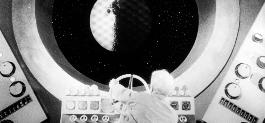 上映作品 - 映画の想像力が炸裂する「SF・怪奇映画特集」『宇宙飛行 ...